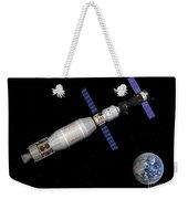 Soyuz Deep Space Explorer Docked Begins Weekender Tote Bag