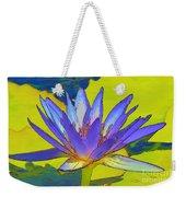 Splendid Water Lily Weekender Tote Bag