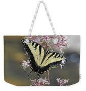 Tiger Swallowtail Butterfly On Common Milkweed 2 Weekender Tote Bag
