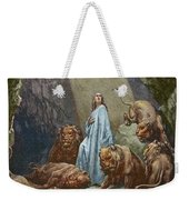 Daniel In The Den Of Lions  Engraving By Gustave Dore Weekender Tote Bag