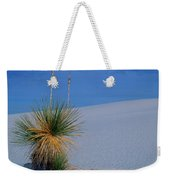 Yucca Plant In Sand Dunes In White Sands National Monument, New Mexico - Newm500 00112 Weekender Tote Bag