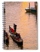 Gondolieri. Venezia. Italia Spiral Notebook