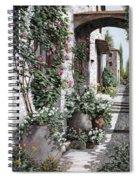 Le Rose Rampicanti Spiral Notebook