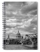 London - St. Pauls Cathedrale Spiral Notebook