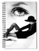 Twiggy Swinging 60's - Pop Art Spiral Notebook