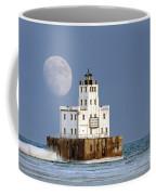 0186 Moon Over Milwaukee Breakwater Lighthouse Coffee Mug