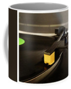 Record Player Coffee Mug by Les Cunliffe