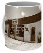 Route 66 - Rusty Mobil Station Coffee Mug