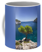 Lone Pine Tree Coffee Mug