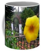 Amarillo La Flor Coffee Mug