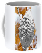 Black And White Snow Leaf Coffee Mug