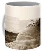 Light Around The Curve Coffee Mug