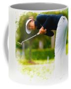 Michelle Wie  Putt On The Tenth Green Coffee Mug