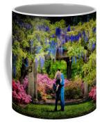New York Lovers In Springtime Coffee Mug