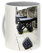 Oil Painting - Tourists And Cannons With Ammunition At The Wall Of Stirling Castle Coffee Mug