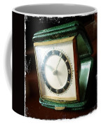 Old Clock Coffee Mug by Les Cunliffe