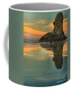 Photographing The Giant Coffee Mug