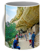 Visitors To Spruce Tree House On Chapin Mesa In Mesa Verde National Park-colorado Coffee Mug