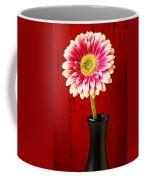 Daisy In Black Vase Coffee Mug