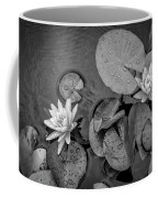 4432- Lily Pads Black And White Coffee Mug