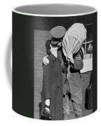 A Soldier's Goodby Kiss Coffee Mug