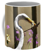 Great Egret With Lizard Who Is Holding Onto Wood Coffee Mug