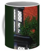Green Ivy Garnet Brick Coffee Mug
