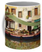 il mercato galleggiante a Venezia Coffee Mug