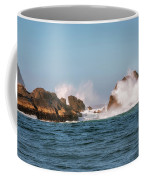 Spectacular Waves Smashing On The Rocks At Milford Sound Fjord O Coffee Mug