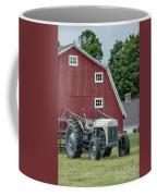 Vintage Ford Farm Tractor With Red Barn Coffee Mug