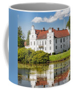 Wanas Slott With Reflection Coffee Mug