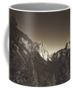 Beautiful Yosemite Valley Coffee Mug