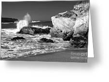 Crashing Waves Bw Greeting Card