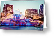 Buckingham Fountain And Chicago Skyline At Night Greeting Card