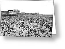 Crowds At Coney Island Beach Greeting Card