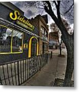 001 Sidelines Sports Bar And Grill Metal Print