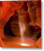0677 Upper Antelope Canyon Metal Print