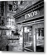 0748 Uno's Pizzaria Metal Print