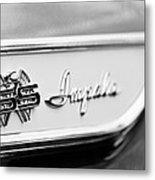1961 Chevrolet Impala Ss Emblem Metal Print