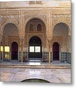 Alhambra Palace Patio Del Cuarto Dorado Metal Print