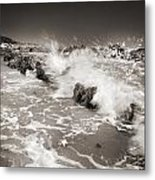 Bolonia Waves Metal Print