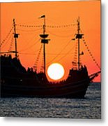Catching The Sun Metal Print by David Lee Thompson