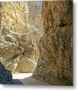 Contrasting Canyon Colors In Big Painted Canyon Trail In Mecca Hills-ca Metal Print