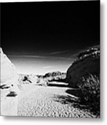 Dry River Bed Between Beehives Sandstone Formations In Valley Of Fire State Park Nevada Usa Metal Print