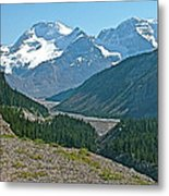 Mountain Peaks From Icefields Parkway-alberta Metal Print