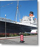 Queen Mary - 12121 Metal Print by DC Photographer