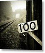 Railway  Metal Print by Les Cunliffe