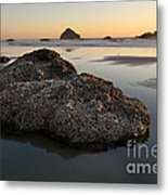 Sea Stacks At Sunset Metal Print