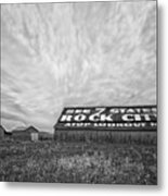 See Rock City - Farm In Tennessee Metal Print