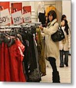 Shoppers Take Advantage Of Post Christmas Bargains Metal Print